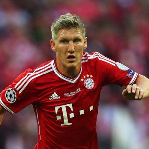 LONDON, ENGLAND - MAY 25:  Bastian Schweinsteiger of Bayern Muenchen in action during the UEFA Champions League final match between Borussia Dortmund and FC Bayern Muenchen at Wembley Stadium on May 25, 2013 in London, United Kingdom.  (Photo by Alex Grimm/Getty Images)