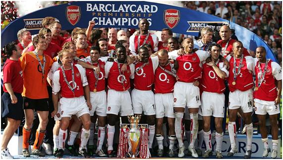 """Los Invencibles"""", celebrando la obtención de la Premier League 2003-2004"""