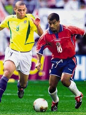 Seleccion de Costa Rica perdio 2-5 ante la seleccion de Brasil