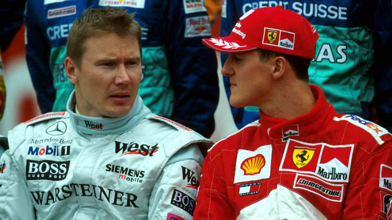 Mika Hakkinen and Michael Schumacher  Australian GP - Melbourne, Australia, 4 March 2001 BEST IMAGE