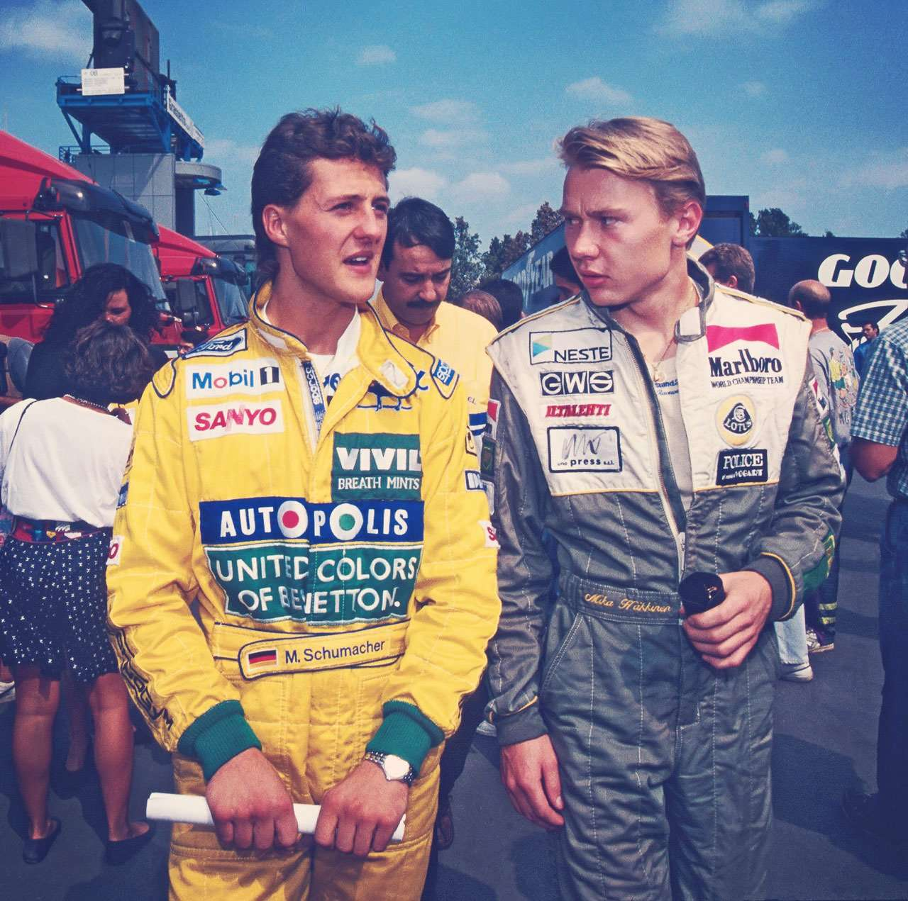 michael-shumacher-with-mika-hakkinen