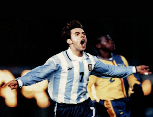 argentina ecuador 2000