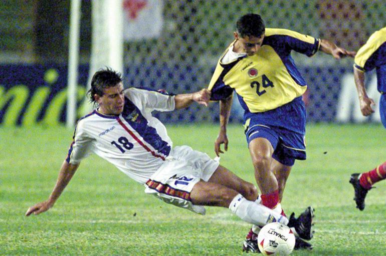 ecuador colombia 2001